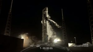 SpaceX enlarges Starlink constellation with deployable visors